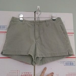 American eagle mid rise olive shorts